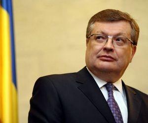 Грищенко пообіцяв пришвидшити процес об'єднання ВНЗ