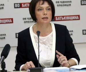 Гриневич закликає звільнити освітян від міністерської бюрократії