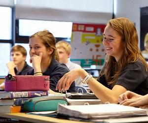 Bodwell High School запрошує школярів на навчання до Канади