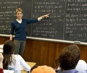 Профспілка виступає проти збільшення навантаження на викладачів