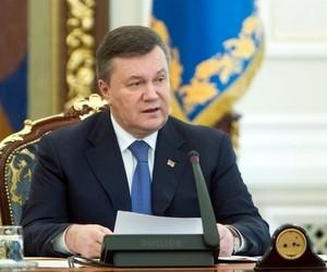Ми виконуємо всі зобов'язання по підвищенню зарплат, - Янукович