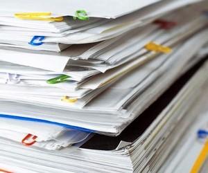 Школи мають закуповувати класні журнали у держпідприємств