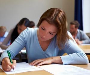 Цього року школи закінчують 279 тисяч випускників