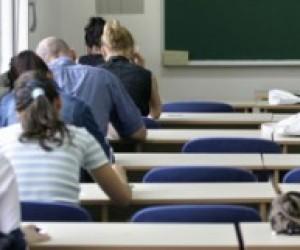 Угорці хочуть шкільні тести угорською