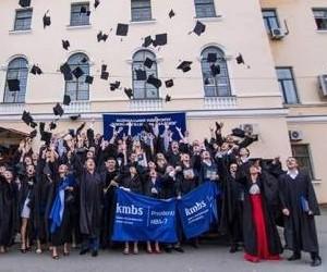 Вручення дипломів у kmbs – 2013