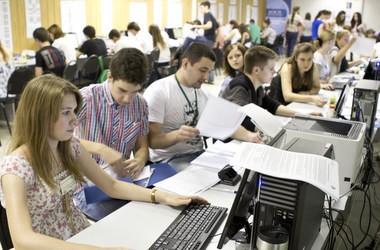 Абітурієнтам не видають документи про освіту