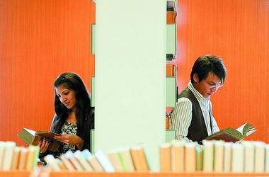 Вишам доручено збільшити набір іноземних студентів