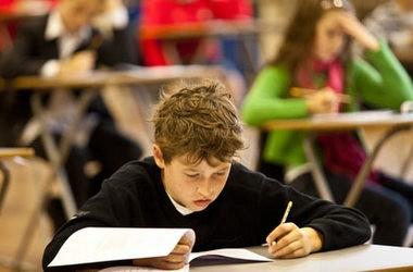 Міністерські тести у школах перенесено на листопад