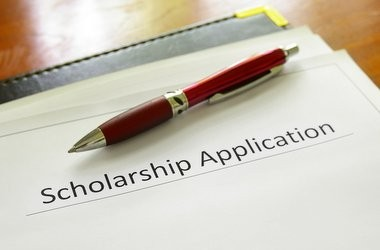 Як отримати грант на навчання за кордоном