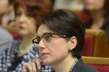 Влада маніпулює зарплатами вчителів, - Гриневич