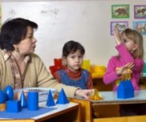 Більше 100 тисяч дітей в Україні живуть в інтернатах
