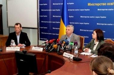 Якими будуть першочергові кроки в освіті України