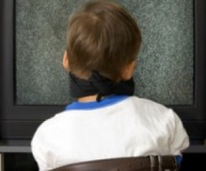 Телевизор и ребенок. Соблюдайте дистанцию
