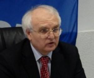 Вакарчук проведе прес-конференцію