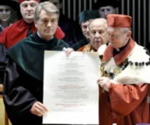 Ющенко став доктором Люблінського університету