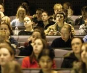 Без повної вищої освіти можуть залишитись 30 тисяч студентів
