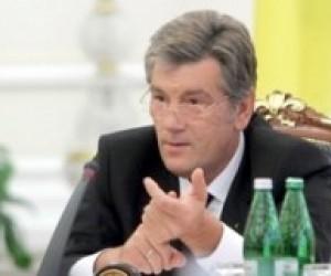 Ющенко просить перевірити законність платних послуг в дитячих таборах