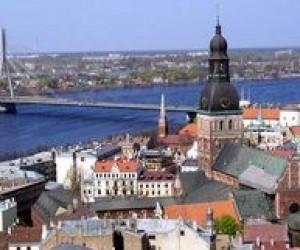 У Латвії через нестачу коштів закривають школи