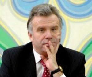 Станіслав Ніколаєнко закликає допомогти школам