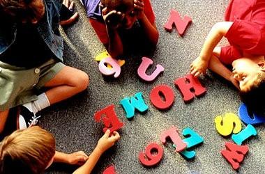 В школах влітку відкриються мовні табори