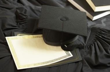Випускники вишів зможуть перевірити свої дипломи