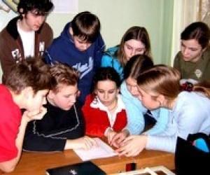 Маже всі столичні школярі планують продовжити навчання у вузах