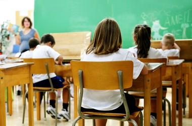 В МОН почали впроваджувати багатомовну освіту
