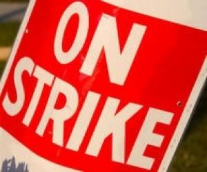 Студенти київського вузу почали страйк