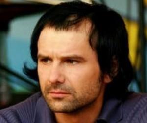 """Фонд С. Вакарчука розпочинає проект """"Освіта Країною"""""""