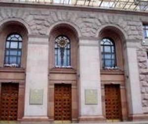 У БЮТ заявили, що київська влада має намір приватизувати школи