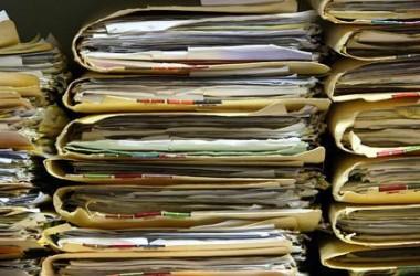В МОН обіцяють скоротити паперообіг у школах