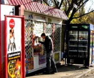 В Харькове продают пиво детям по 3 бутылки в час