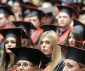 """""""Корреспондент"""": підроблені дипломи коштують менше, ніж рік навчання у вузі"""