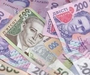 Середня зарплата працівників освітньої галузі за рік зросла на 37 грн