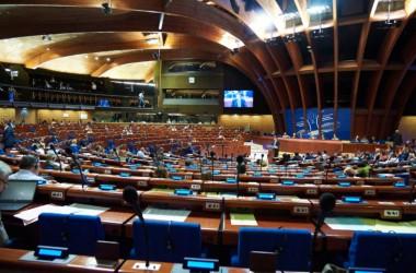 ПАРЄ ухвалила рішення про освіту меншин в Україні