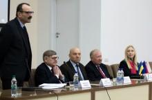 http://osvita.ua/doc/images/news/585/58556/3243-001_m.jpg