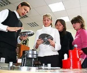 Чи будуть готувати у технікумах та коледжах бакалаврів?