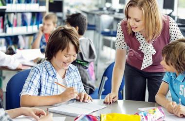 Про підвищення кваліфікаційної категорії вчителю