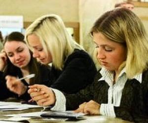Одинадцятиклисники склали шкільні іспити