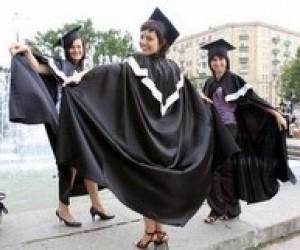 В Одесі відкрито торгують підробленими дипломами вузів