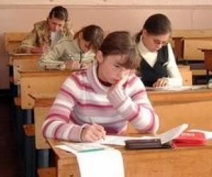 Перший тест з української мови пропустили майже 19 тисяч абітурієнтів