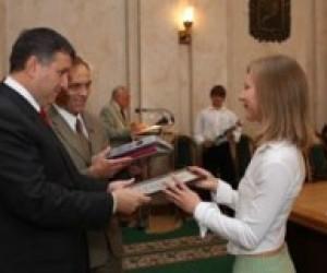 Найкращі студенти Харківщини отримали іменні стипендії