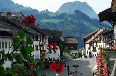 Швейцарія: зірки обирають готельний менеджмент