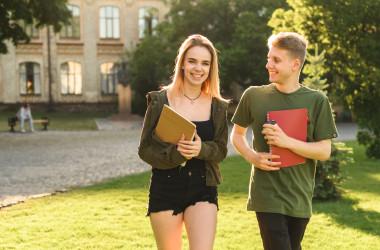 Як подавати заяву про вступ до коледжу