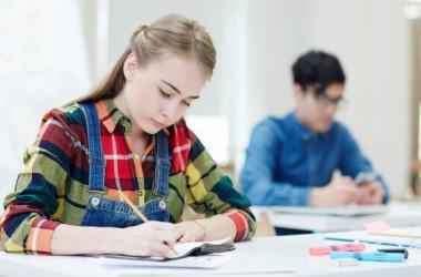 Розпочалися вступні іспити та творчі конкурси в коледжах