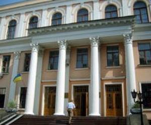"""Міносвіти """"збирає"""" з ректорів гроші на ремонт міністерської будівлі?"""