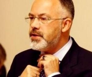 Міністр освіти Дмитро Табачник звільнив ще одного ректора