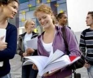 В бюджеті передбачать кошти на стажування студентів і викладачів за кордоном