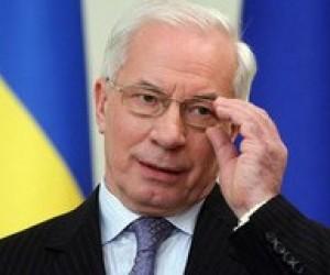 Азаров порадив дітям брати приклад з Януковича та вчити мови