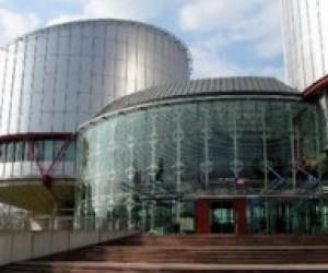 Львівська вчителька виграла справу у Європейському суді